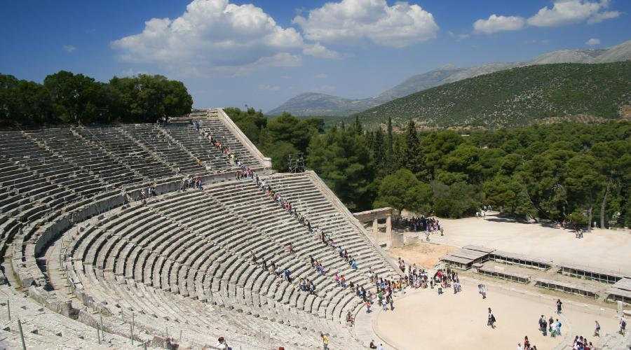 Giorno 3 - Lunedì - Atene - Corinto - Epidauro - Nauplia - Micene - Olympia
