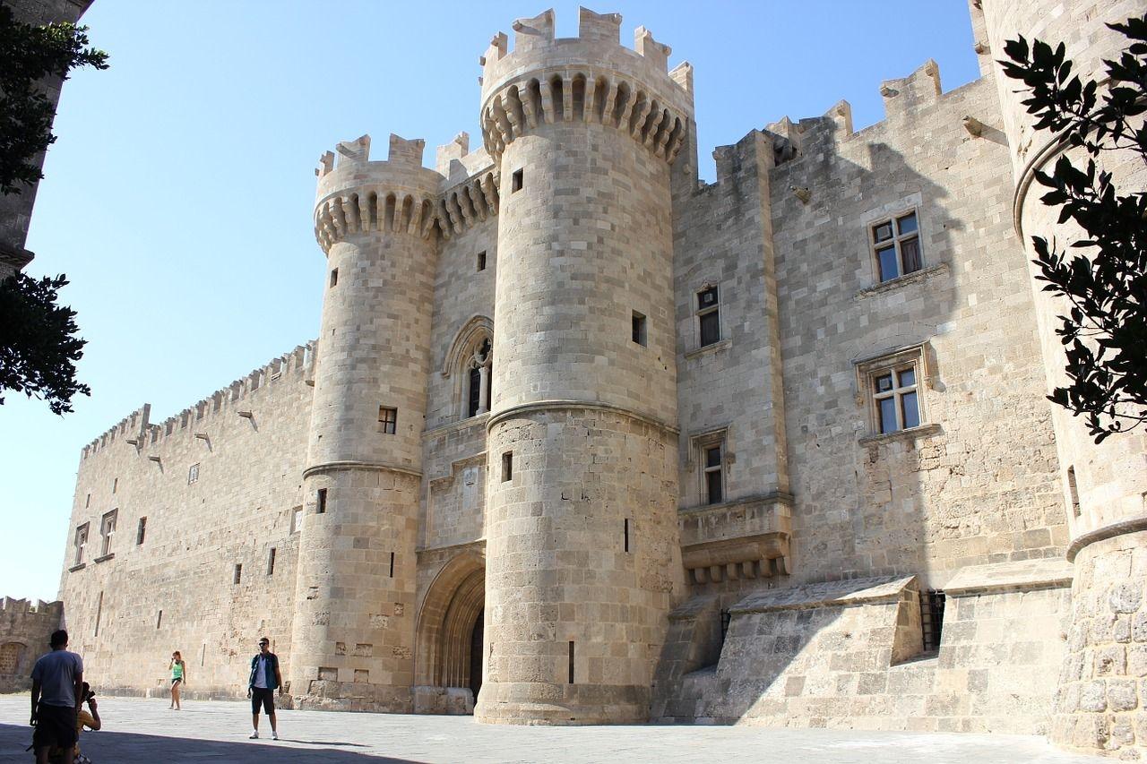 Rodi medievale ed isola di Symi minitour privato
