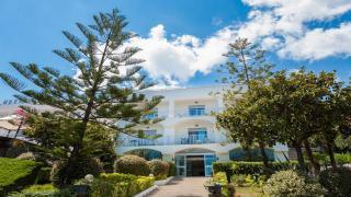 Marcaneto Family Hotel Sea